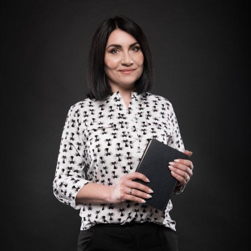Адвокат Гриднева В.А.